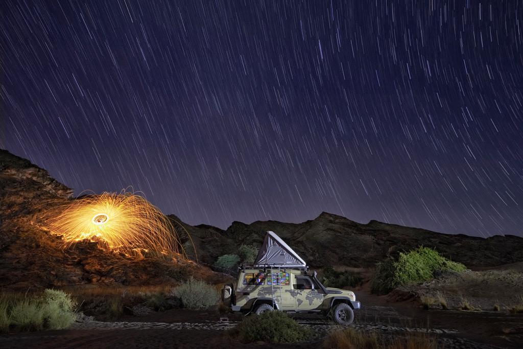 Longue exposition dans le déset du Namib, Namibie.